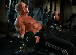 Curl de biceps anciano
