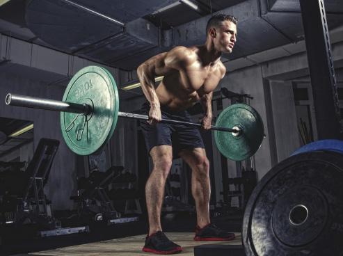 ¿Es necesario levantar mucho peso para ganar masa muscular?